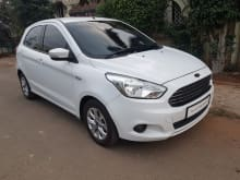 Ford Figo 2015-2019 1.5P Titanium AT