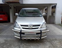 Toyota Innova 2004-2011 2.5 G4 Diesel 8-seater