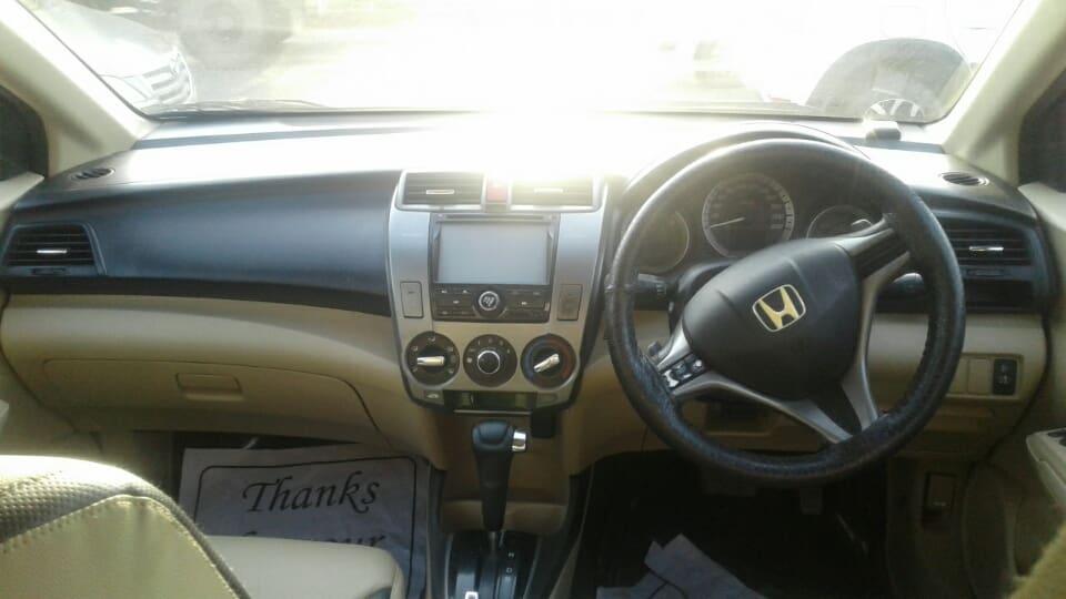 Honda City 2011-2014 1.5 S AT