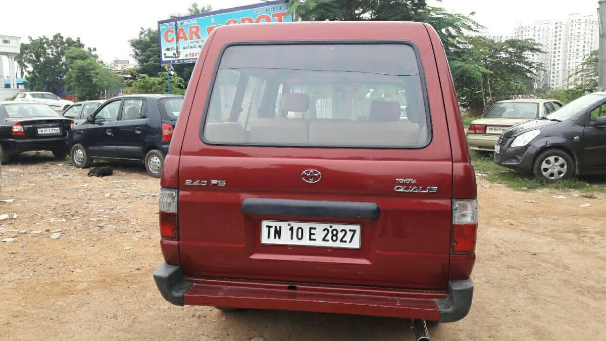 Toyota Qualis FS B1