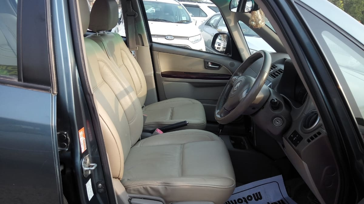 Maruti SX4 2007-2012 ZXI AT