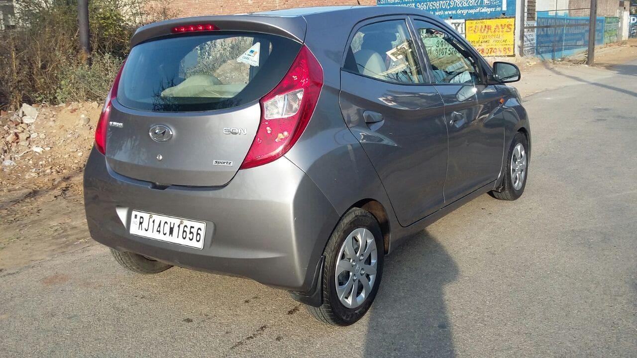 Hyundai Eon 0.8L Sportz Price, Specs, Review, Pics ...