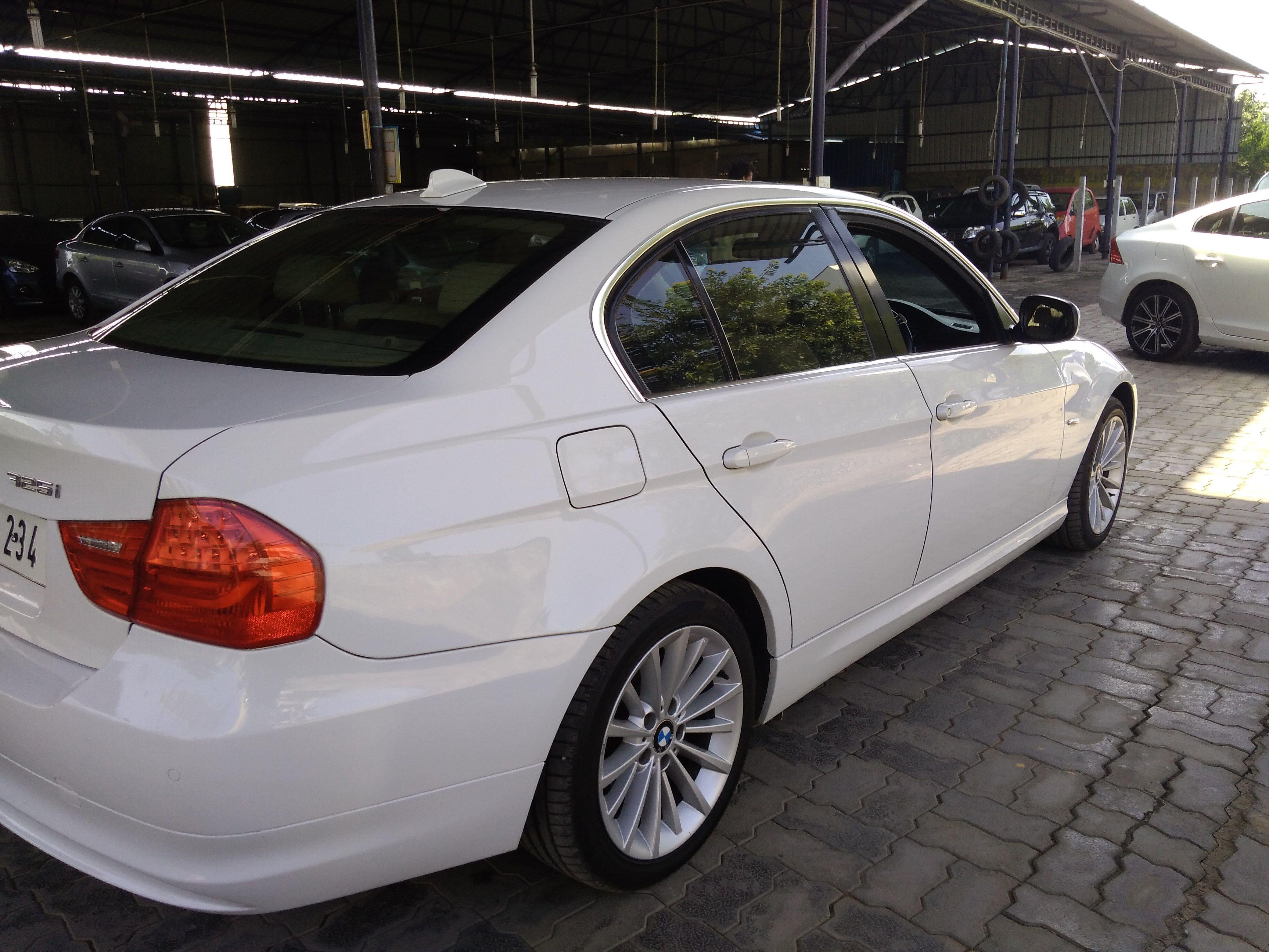 Used BMW Series I - Bmw 325i 2011