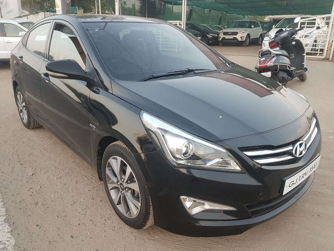 Hyundai Verna 2015-2016 1.6 VTVT AT S Option