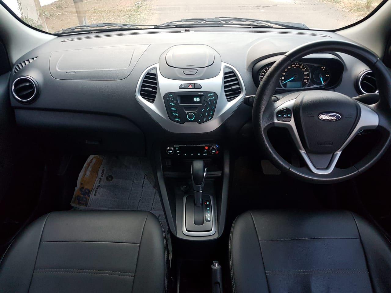 Ford Figo 2015-2019 1.5P Titanium AT