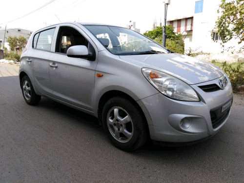Hyundai i20 2008-2010 1.4 Magna ABS