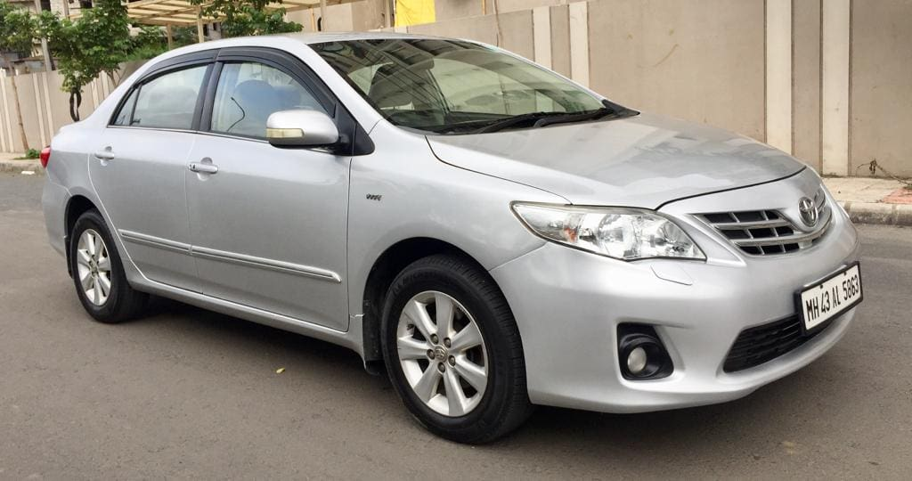 Toyota Corolla Altis 2008-2013 1.8 VL AT