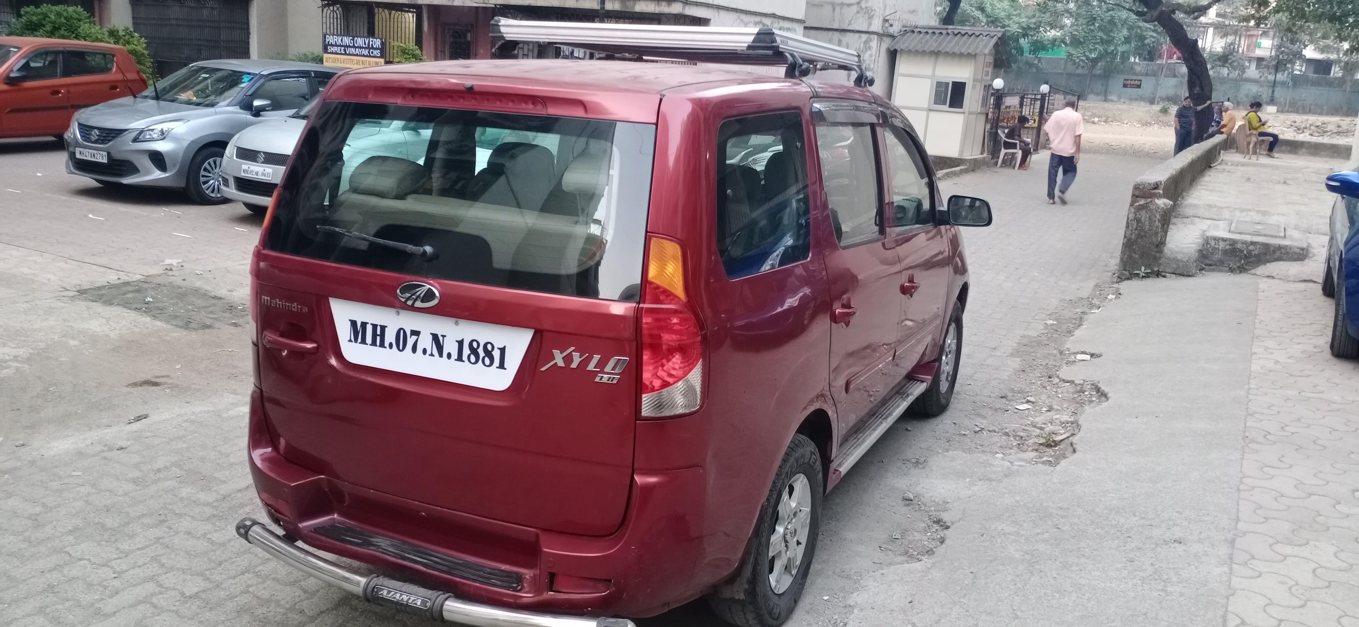 Mahindra Xylo 2009-2011 E8