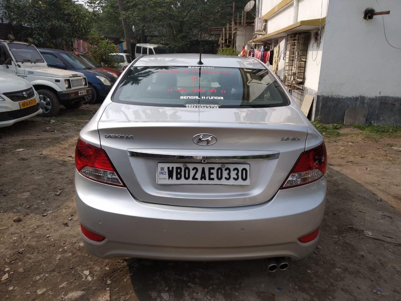 Hyundai Verna 2011-2015 1.6 SX VTVT (O) AT