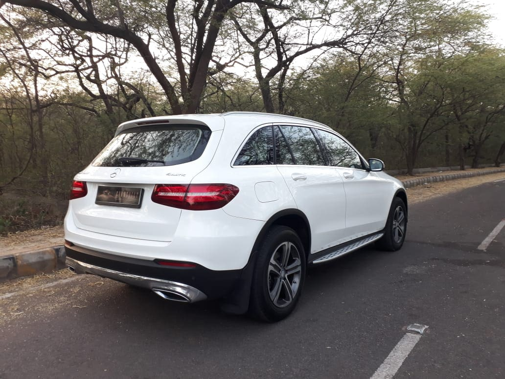 Mercedes-Benz GLC 2016-2019 220d 4MATIC Sport