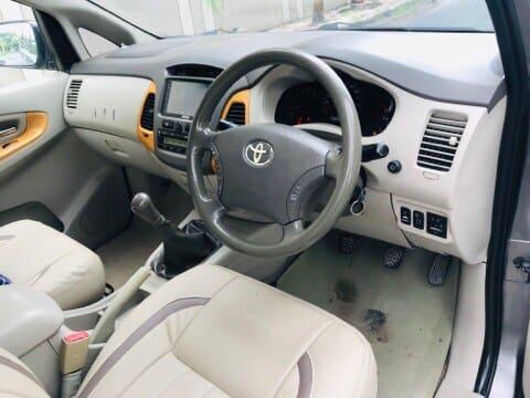 Toyota Innova 2.5 VX (Diesel) 7 Seater BS IV