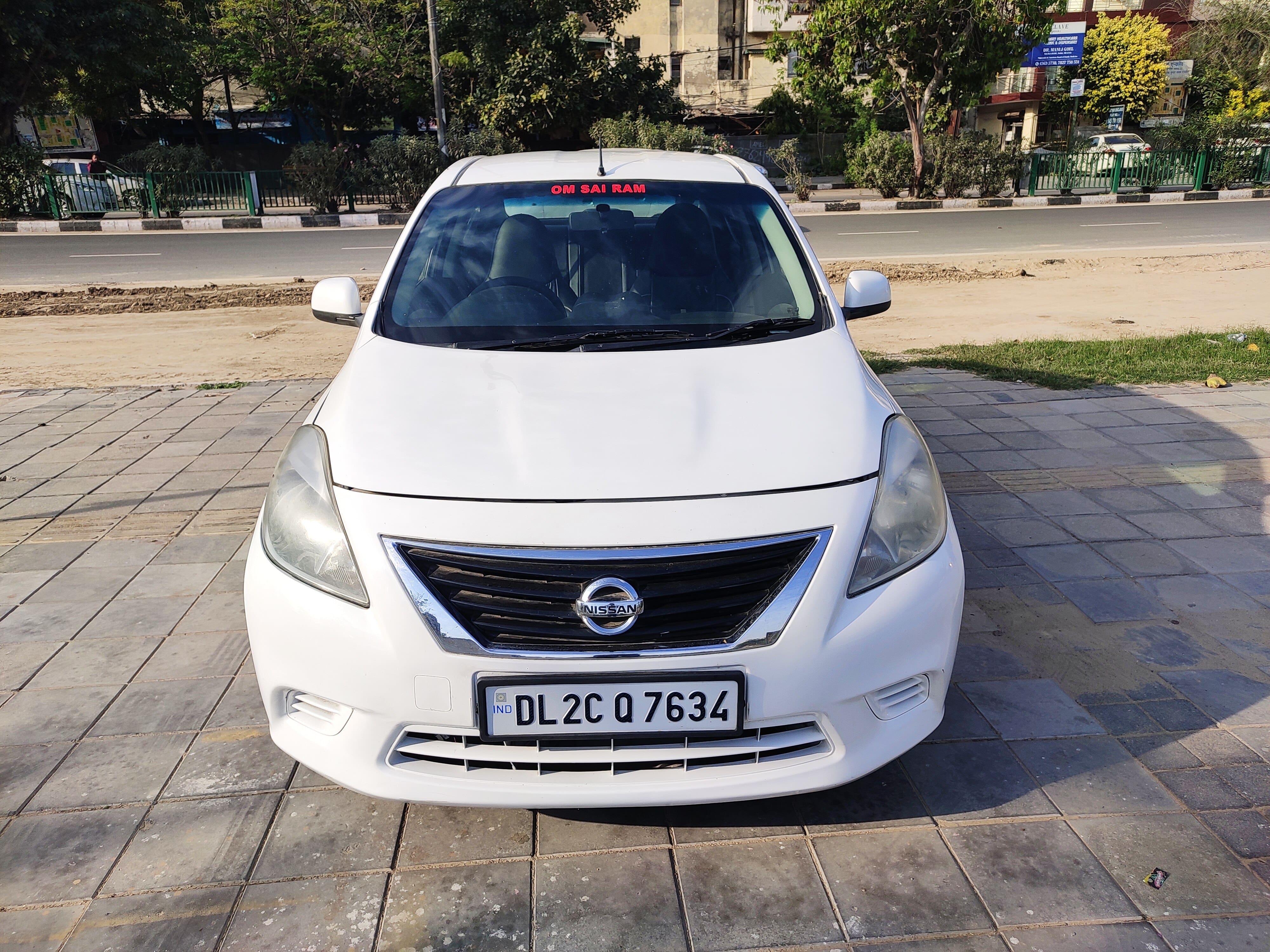 Nissan Sunny 2011-2014 XE