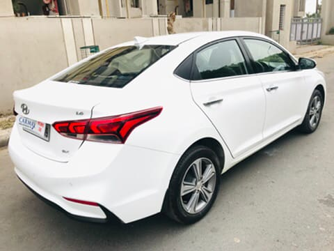 Hyundai Verna 2017-2020 VTVT 1.6 SX Option