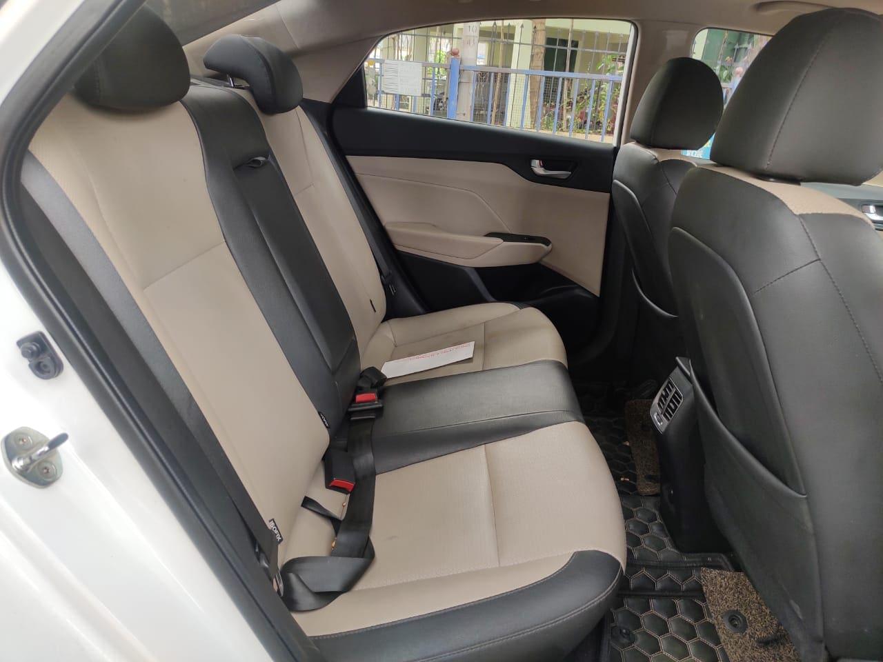 Hyundai Verna 2017-2020 CRDi 1.6 AT SX Option