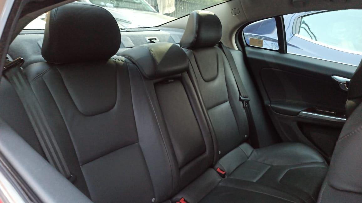 Volvo S60 2006-2012 D5 Kinetic