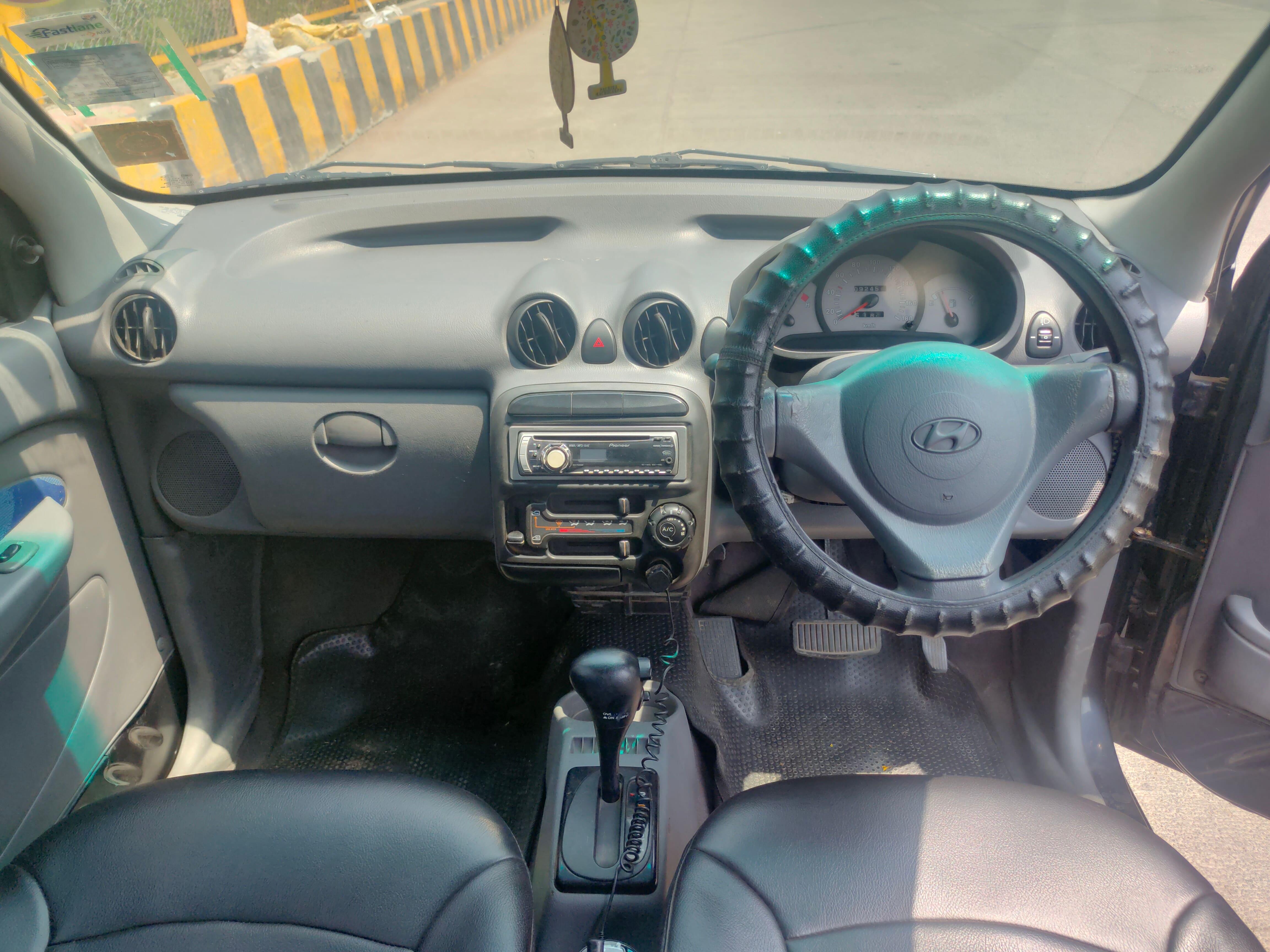Hyundai Santro Xing GLS AT