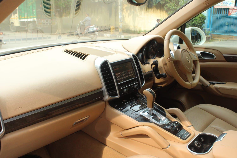Porsche Cayenne 2009-2014 Tiptronic