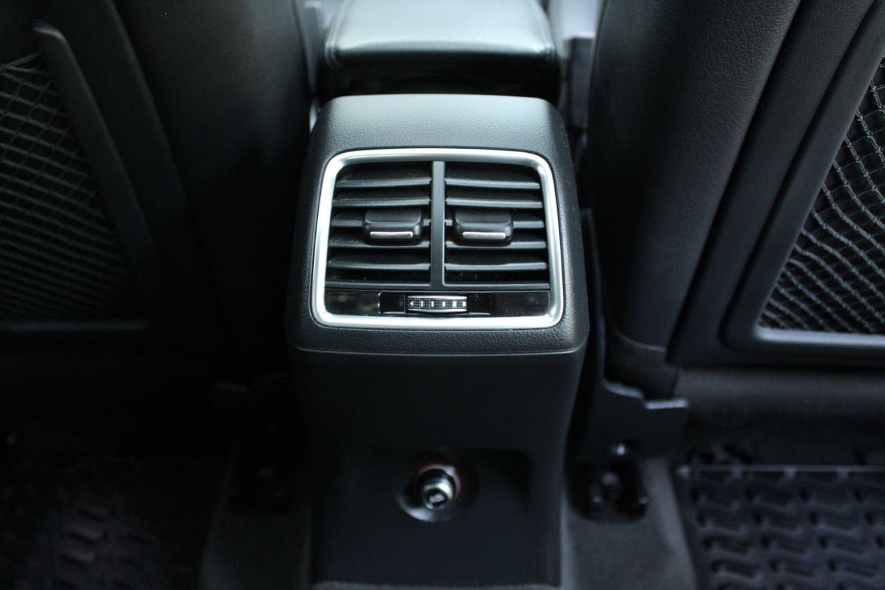 Audi Q3 2015-2017 35 TDI Quattro Premium Plus