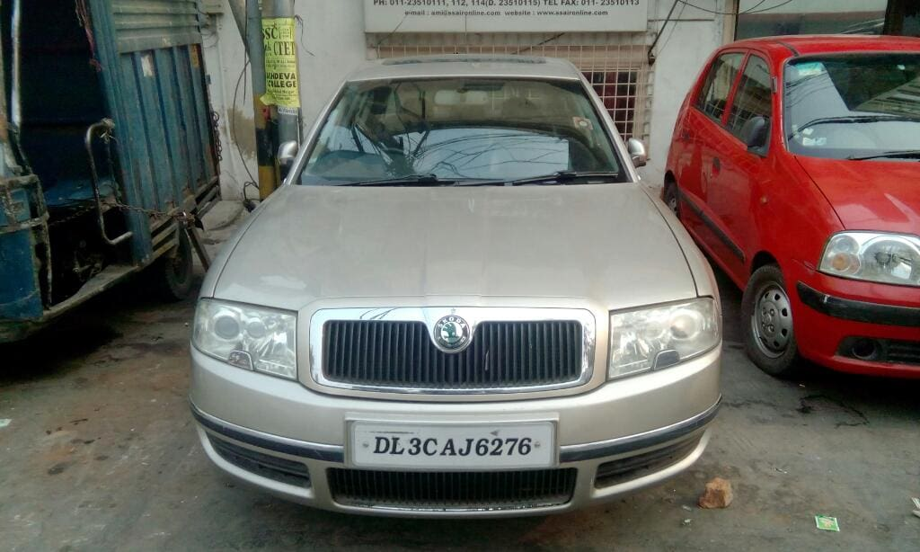 Skoda Superb Elegance 2.0 TDI CR AT