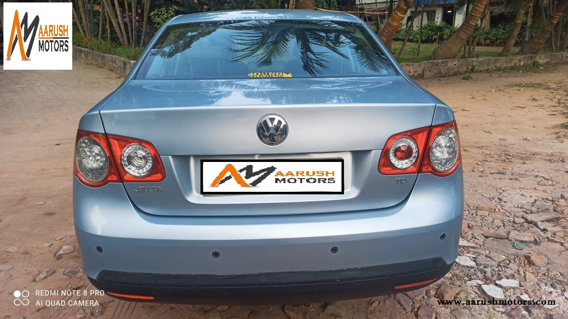Volkswagen Jetta 2007-2011 1.9 Highline TDI