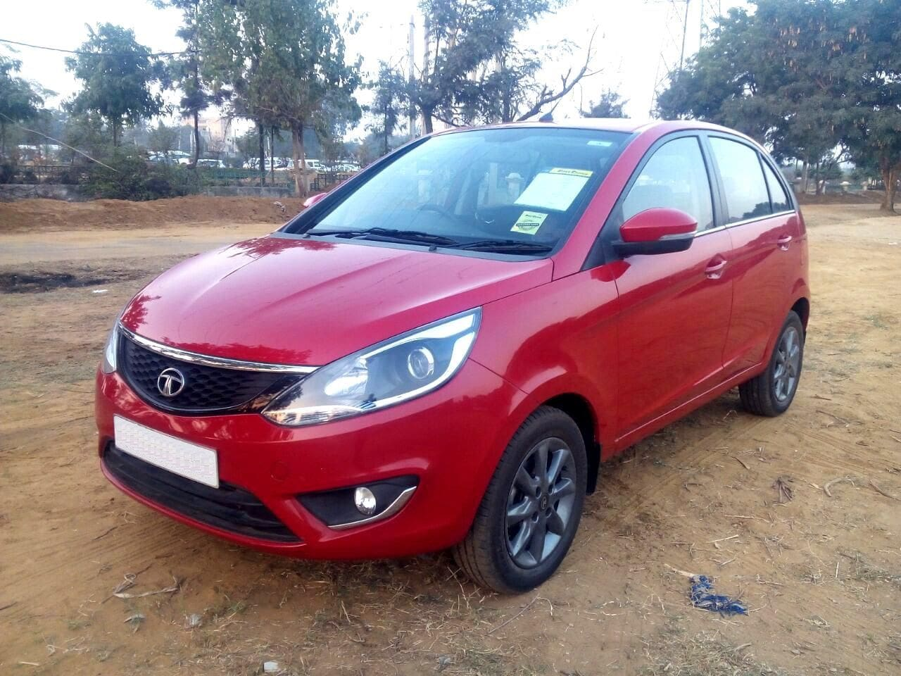 Tata Bolt Price Specs Review Pics Amp Mileage In India