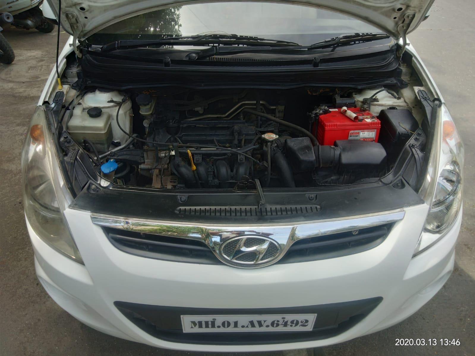 Hyundai i20 2010-2012 1.2 Magna