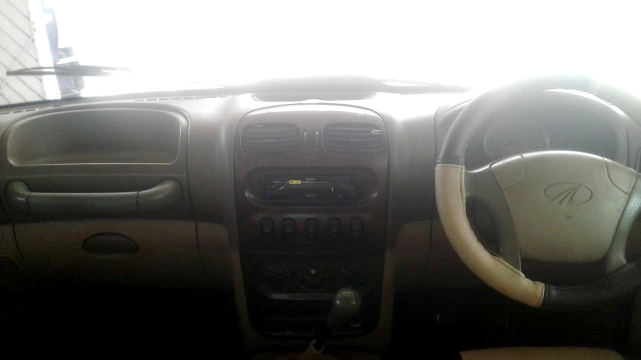 Mahindra Scorpio 2002-2006 2.6 SLX CRDe