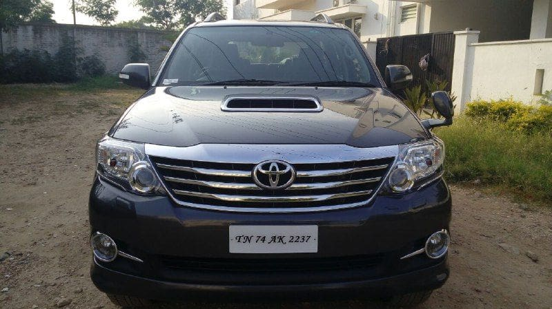 Toyota Fortuner 2.8 4WD MT