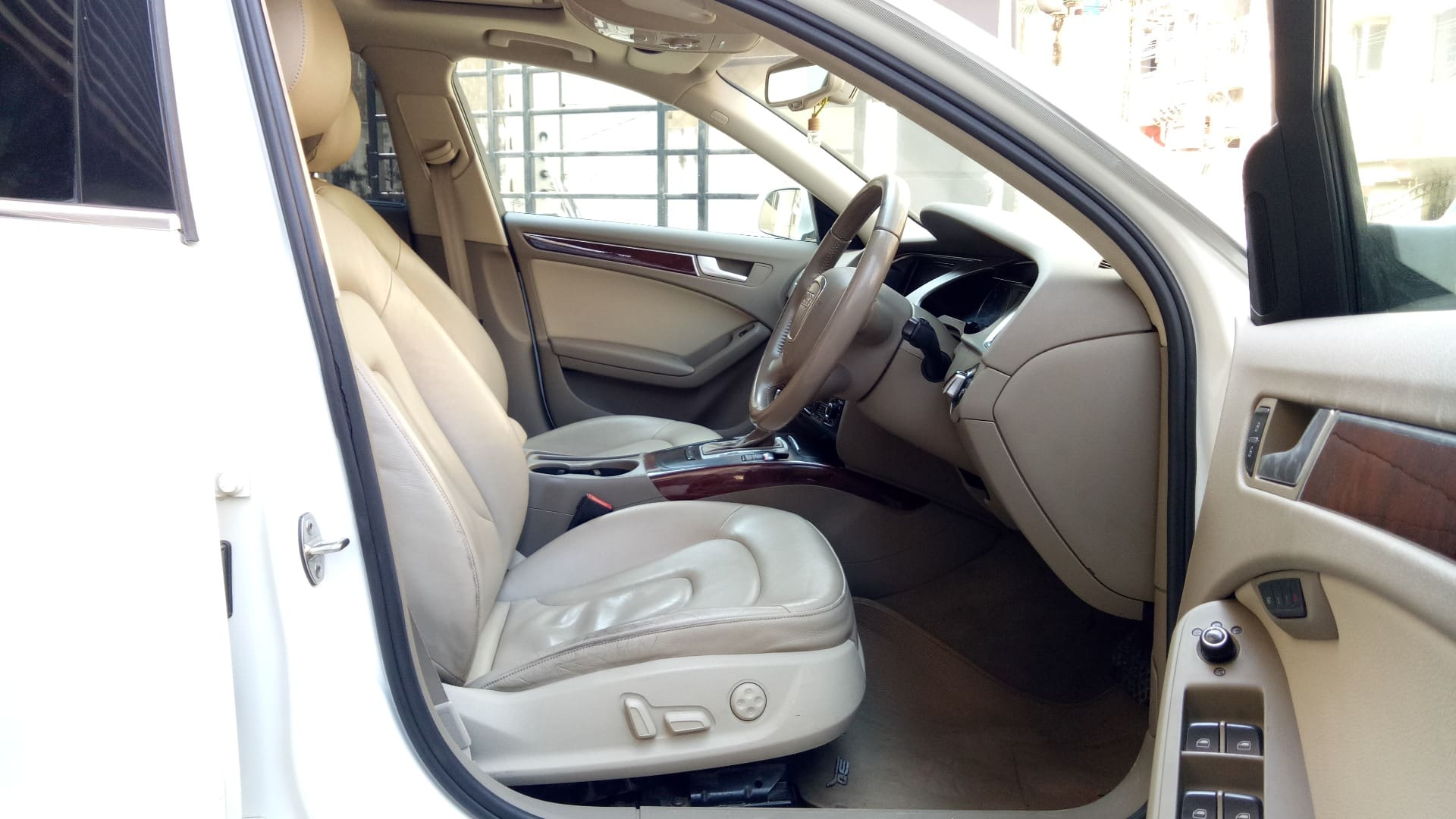 Audi A4 35 TDI Premium Plus