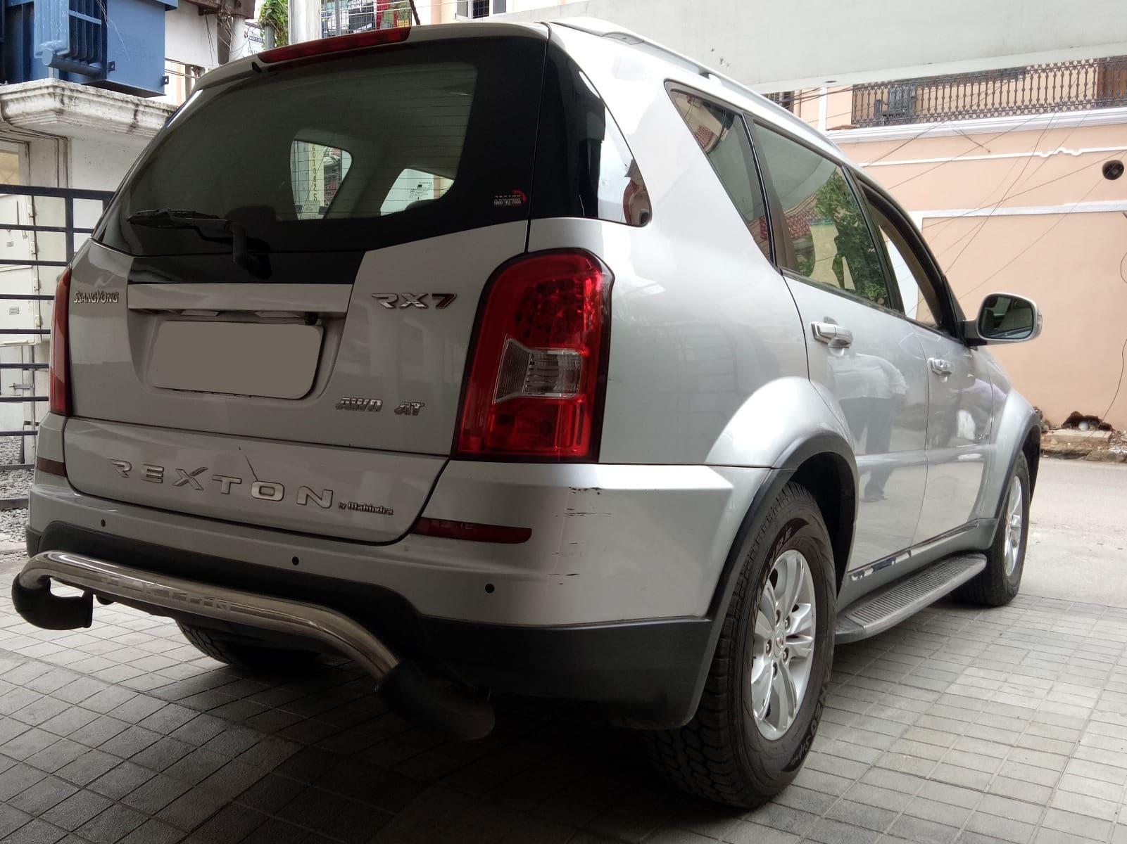 Mahindra Ssangyong Rexton RX7