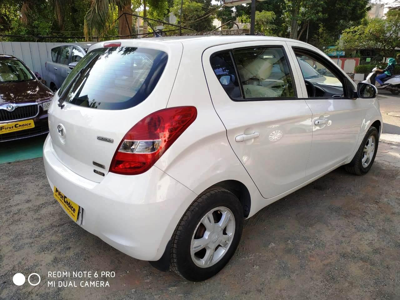 Hyundai i20 2010-2012 1.4 CRDi Asta