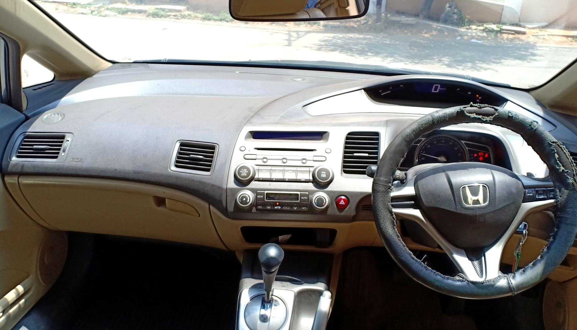 Honda Civic 2010-2013 1.8 V AT