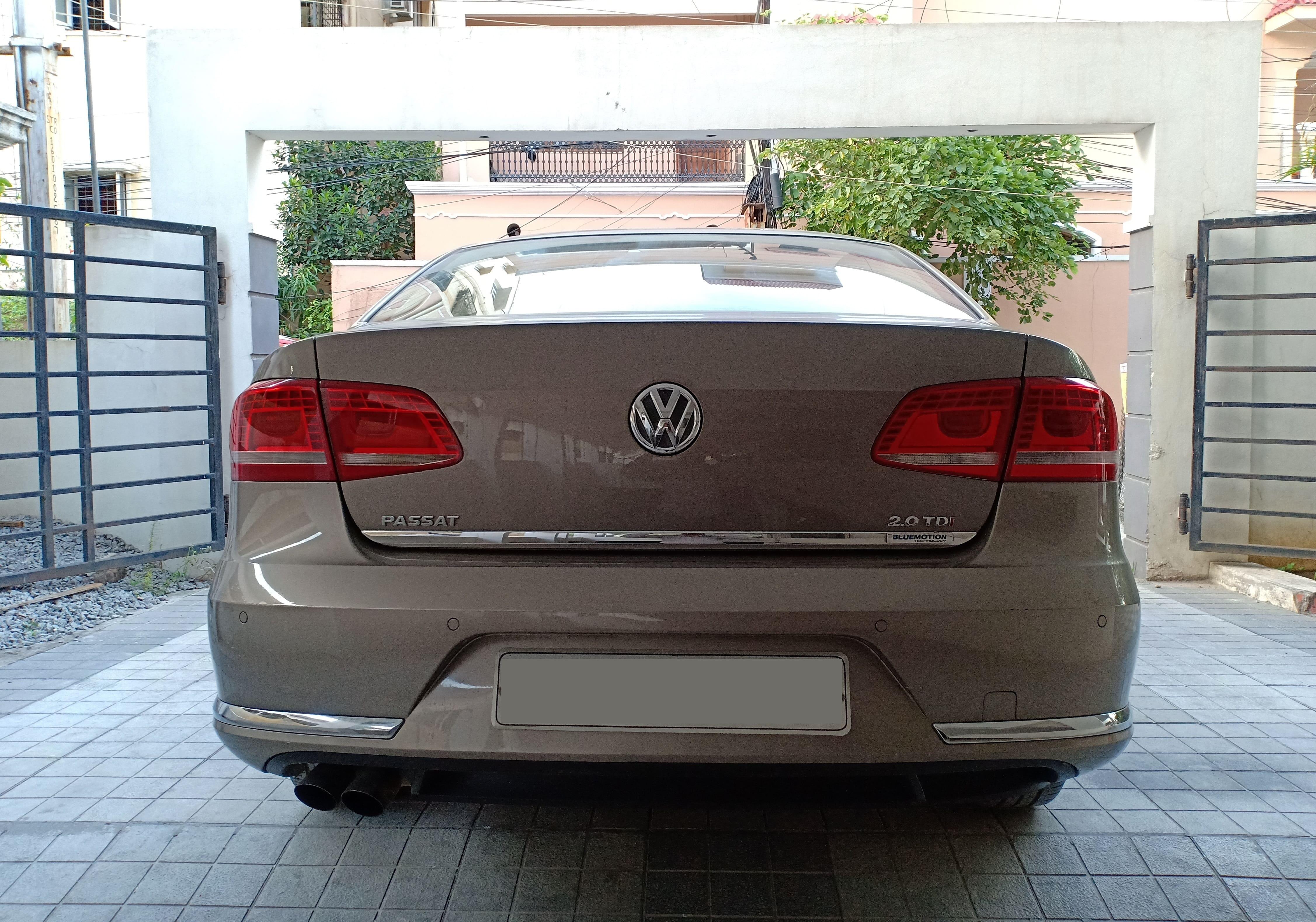 Volkswagen Passat 2010-2014 Diesel Comfortline AT