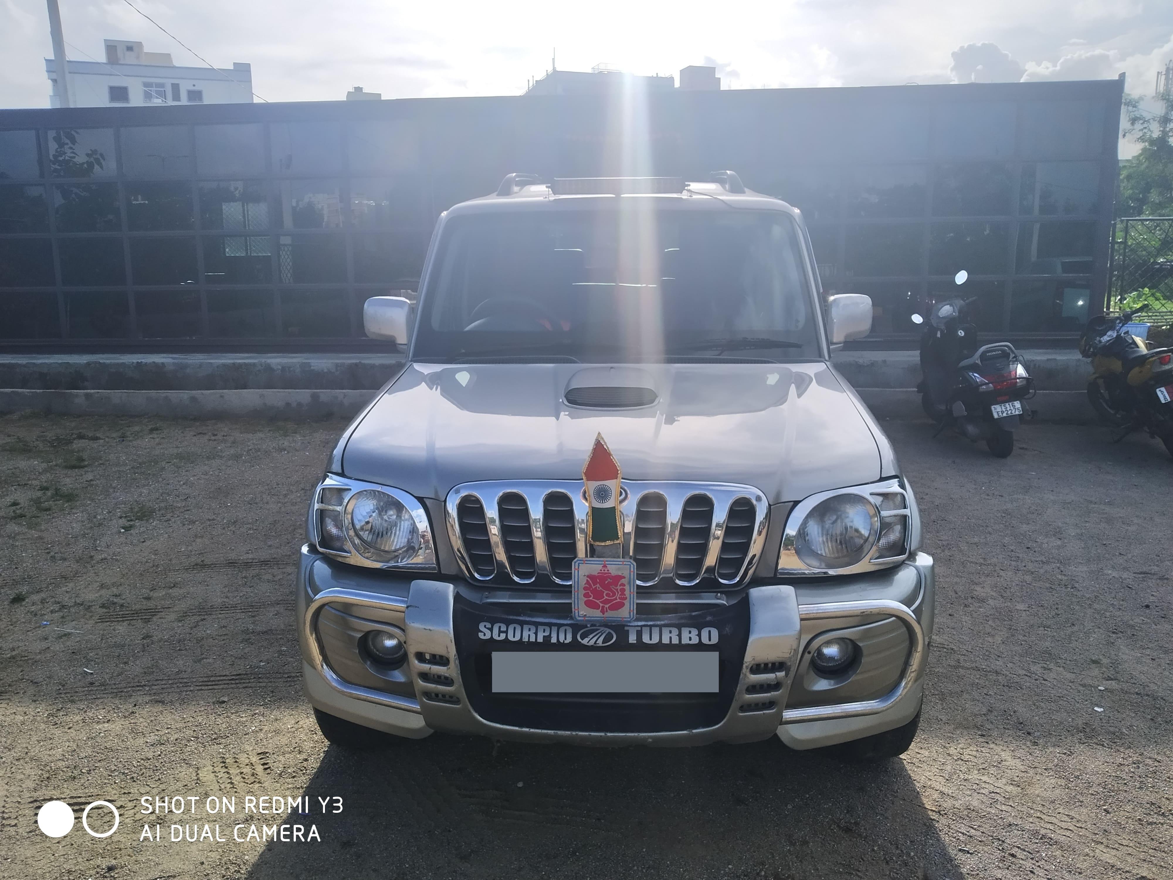 Mahindra Scorpio 2006-2009 SLX 2.6 Turbo 8 Str