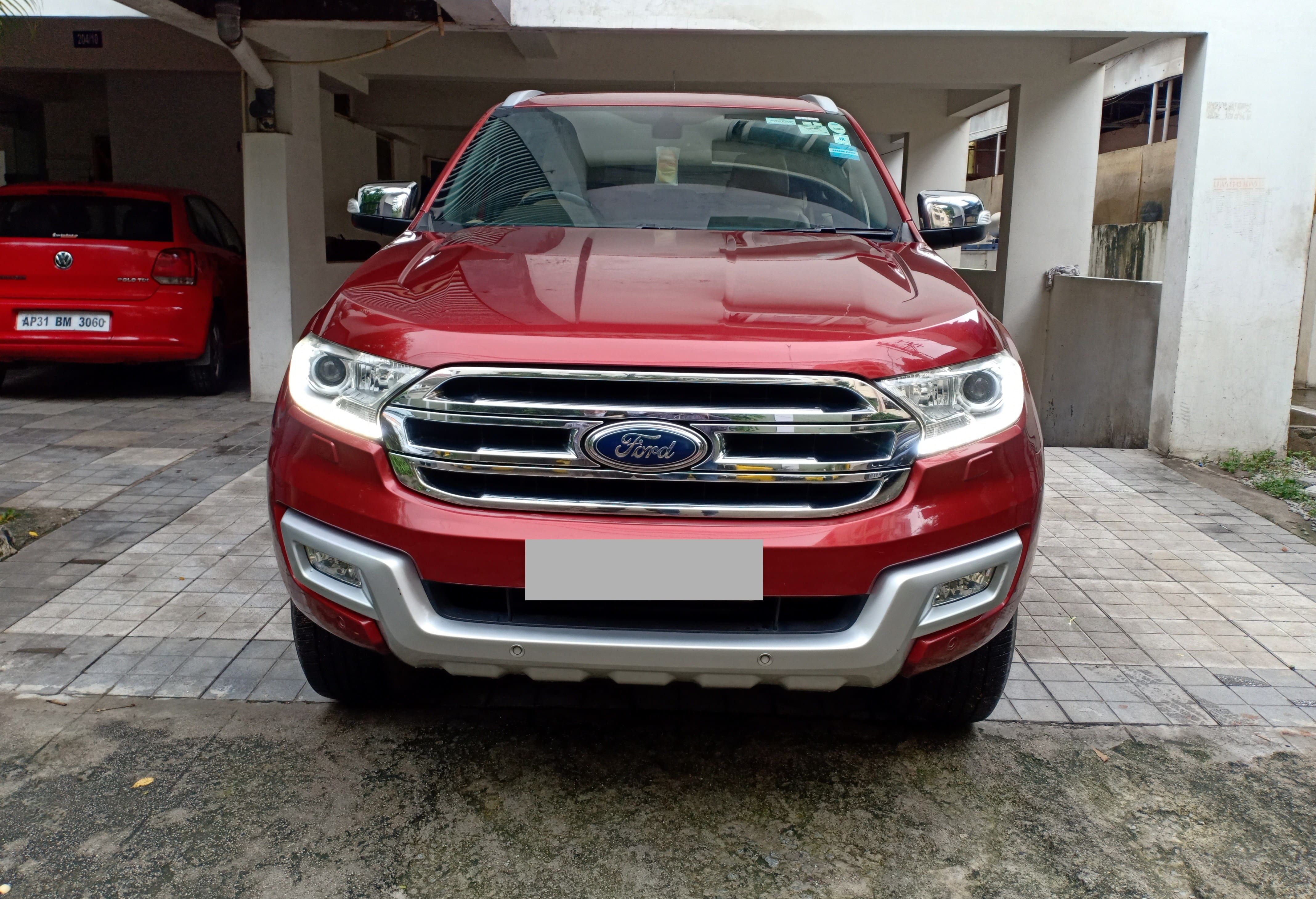 Ford Endeavour 2015-2020 3.2 Titanium AT 4X4