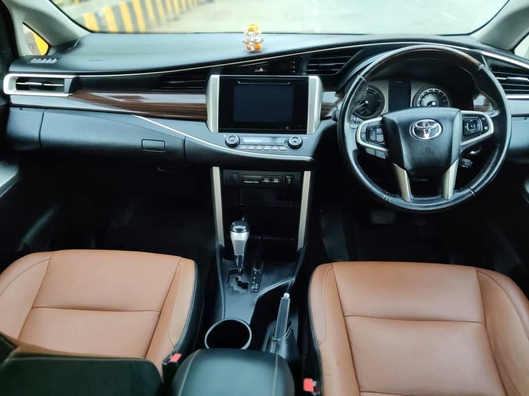 Toyota Innova Crysta 2016-2020 2.8 ZX AT BSIV