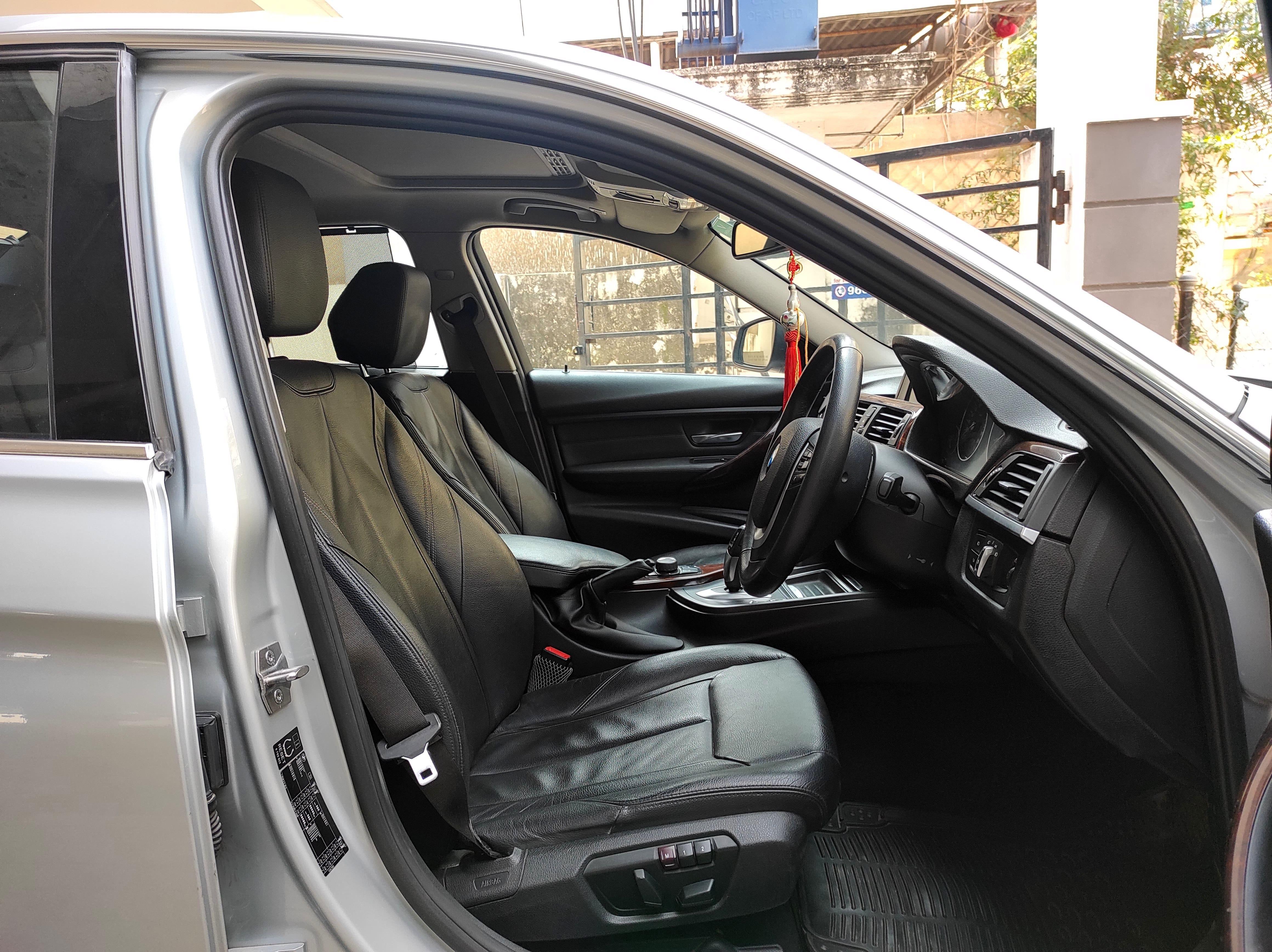 BMW 3 Series 2011-2015 320d Luxury Plus
