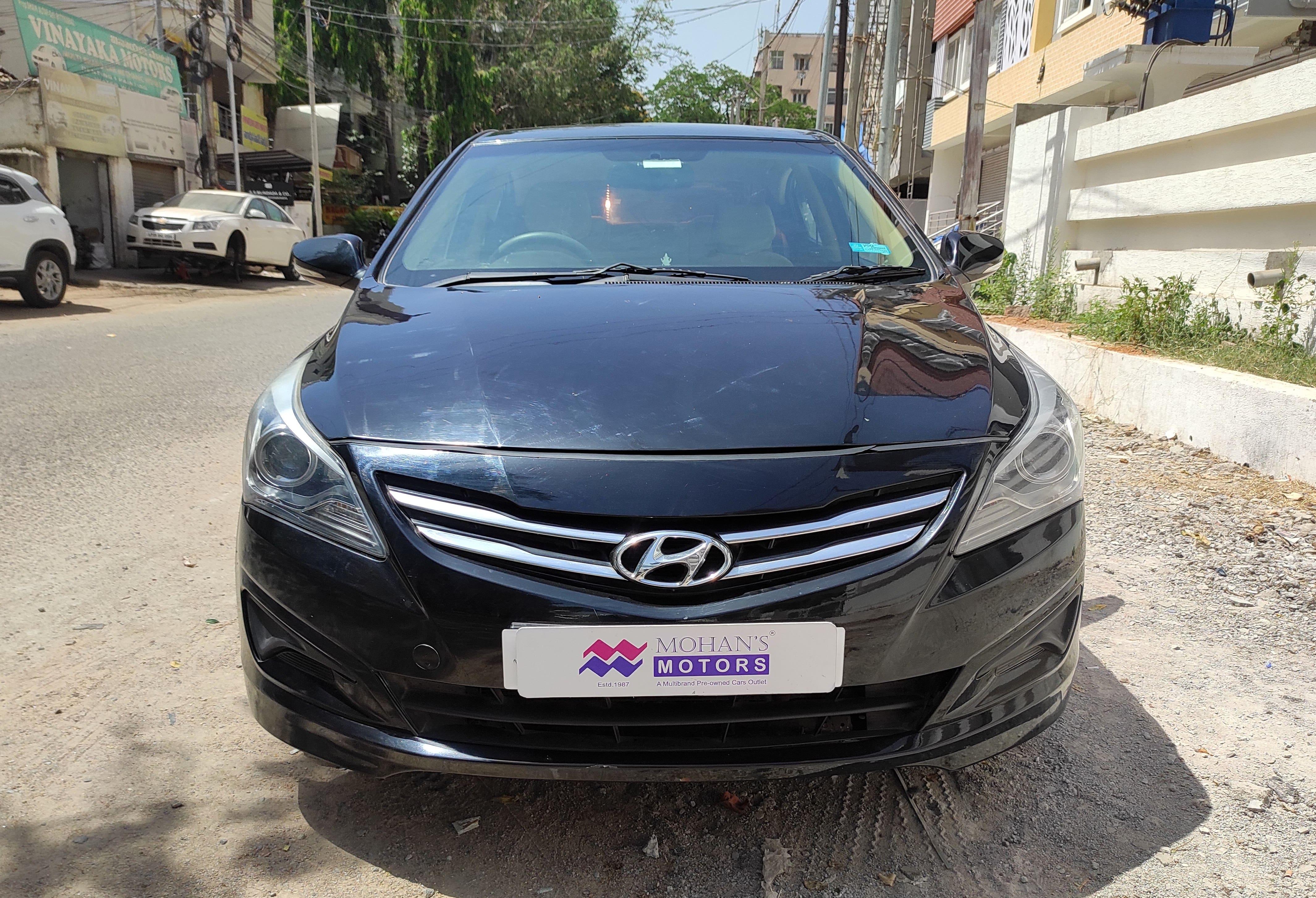 Hyundai Verna 2015-2016 1.6 CRDi S