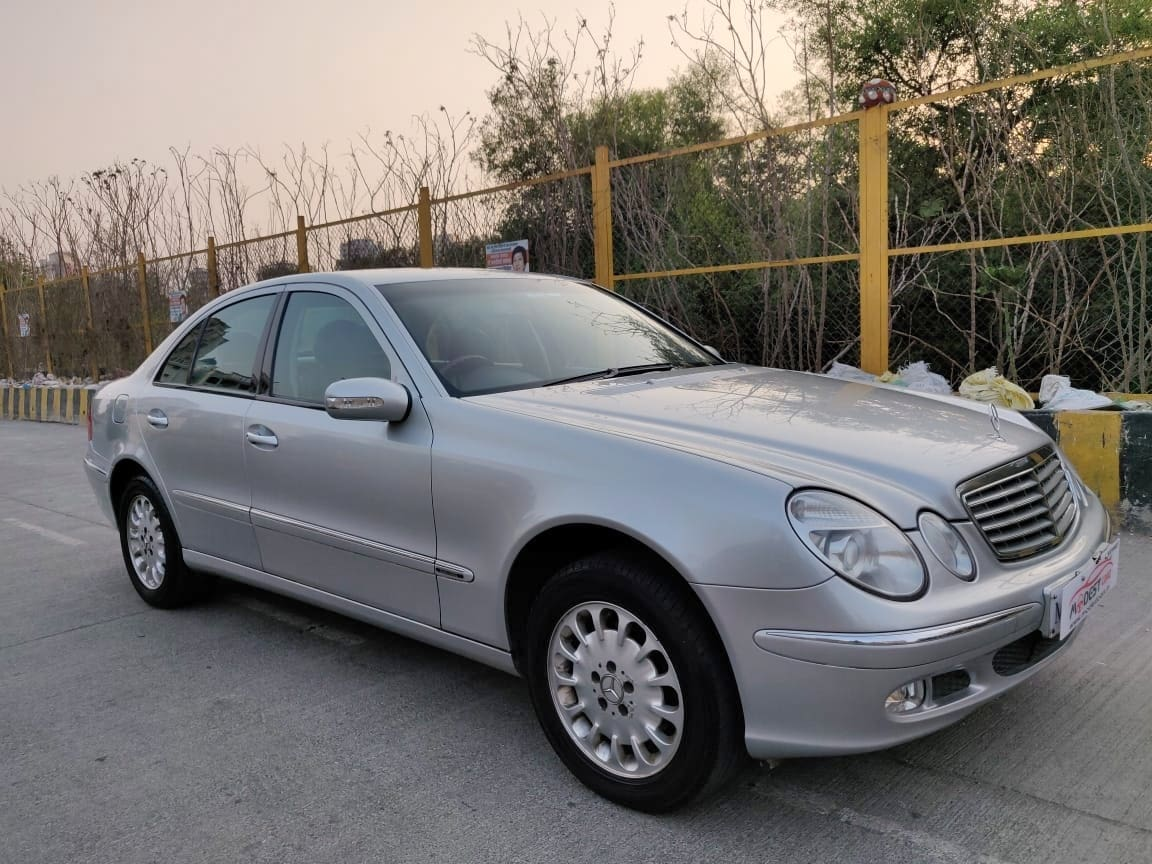 Mercedes-Benz E-Class 1993-2009 E240 V6 AT
