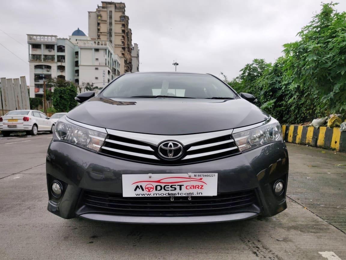 Toyota Corolla Altis 2013-2017 G AT