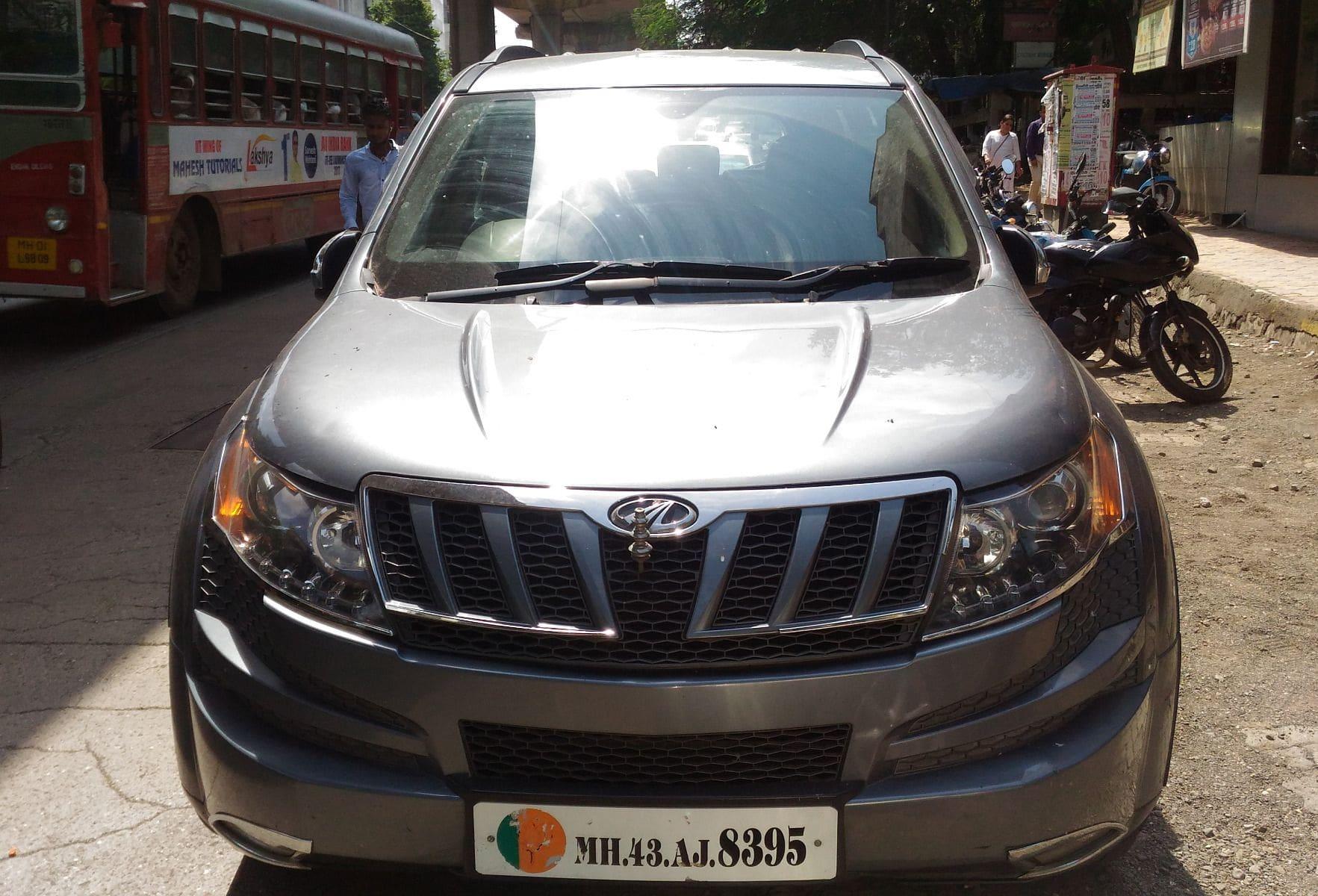 Mahindra XUV500 W8 4WD