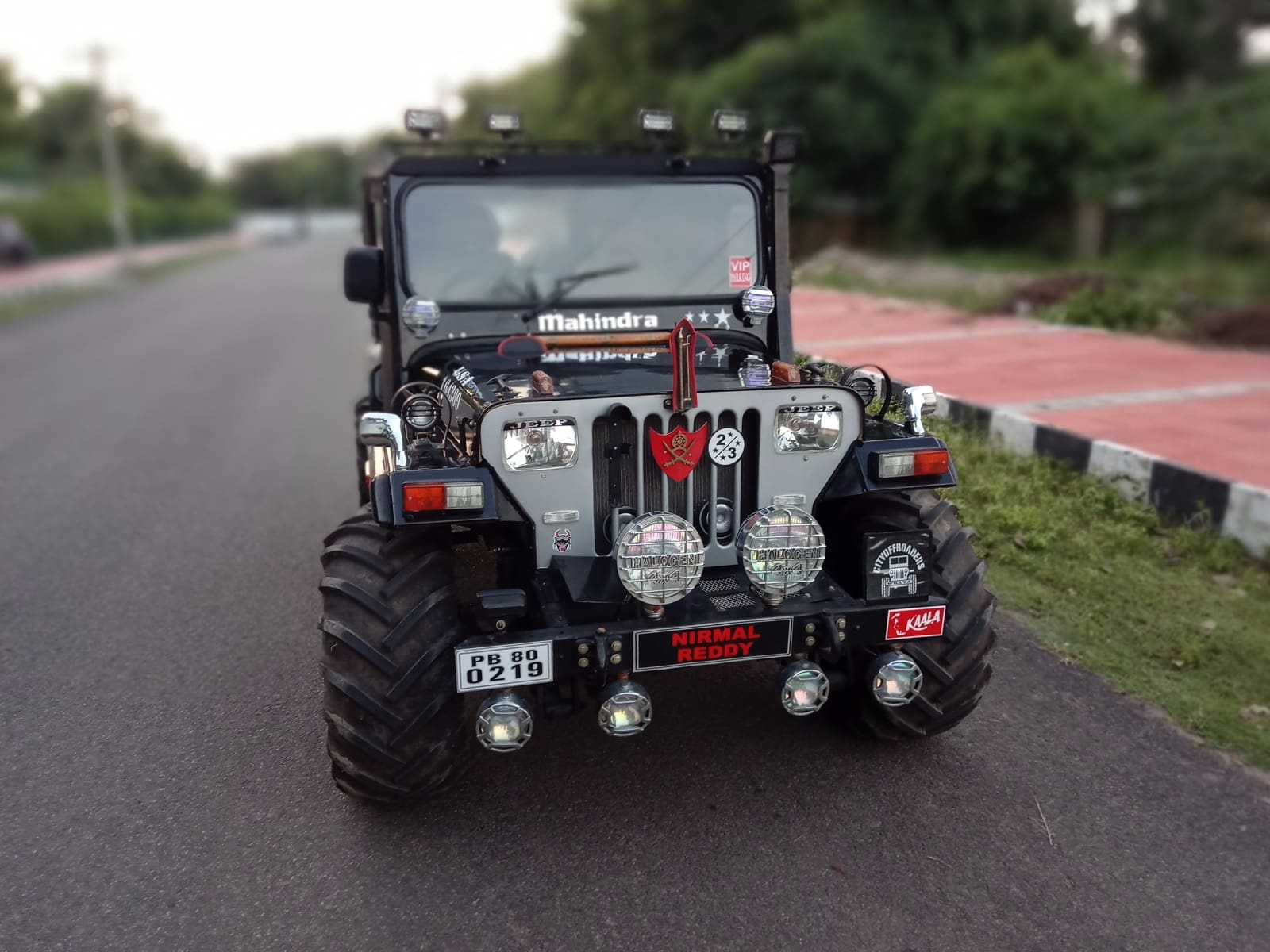Mahindra Jeep CJ 500 DI