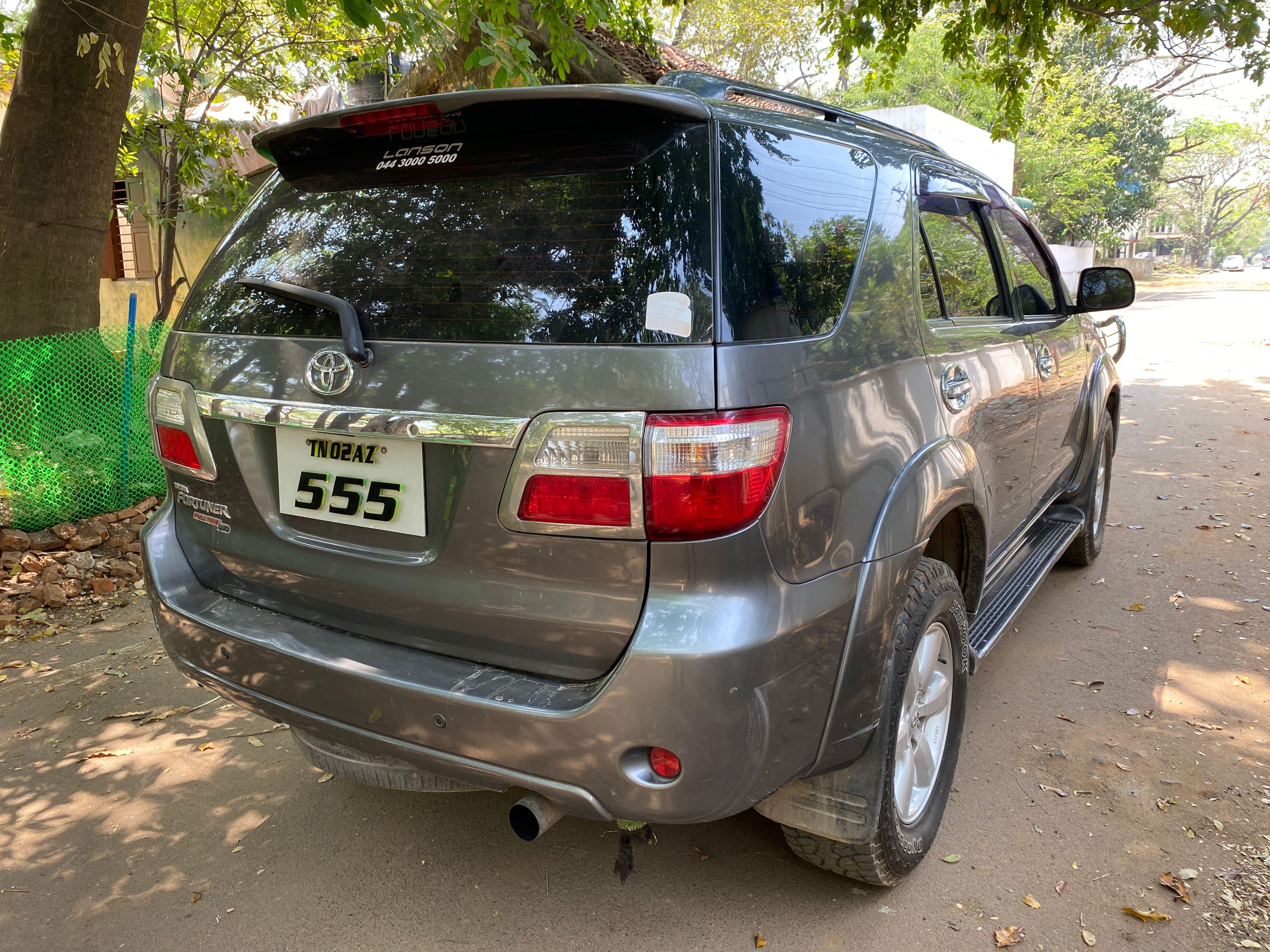 Toyota Fortuner 2009-2011 3.0 Diesel
