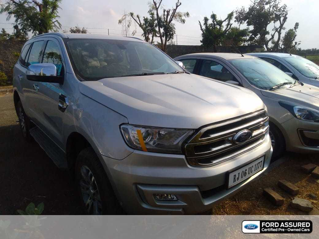 Ford Endeavour 2014-2015 3.0L 4X4 AT