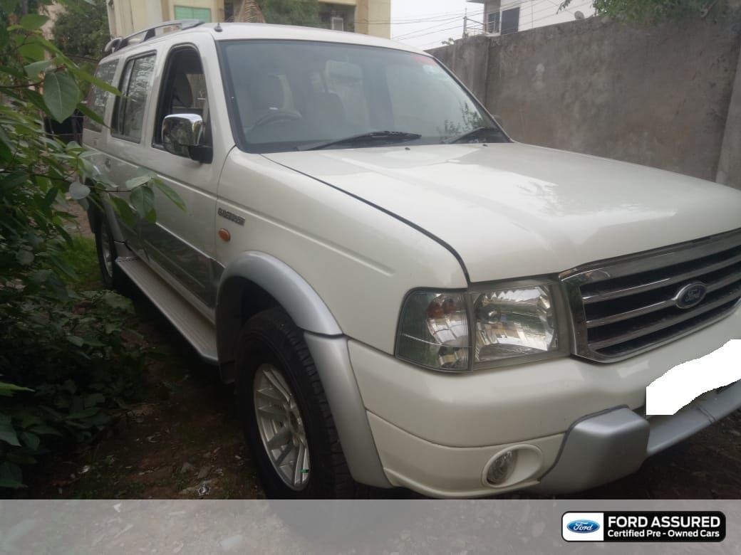 Ford Endeavour 2003-2007 4x2 XLT