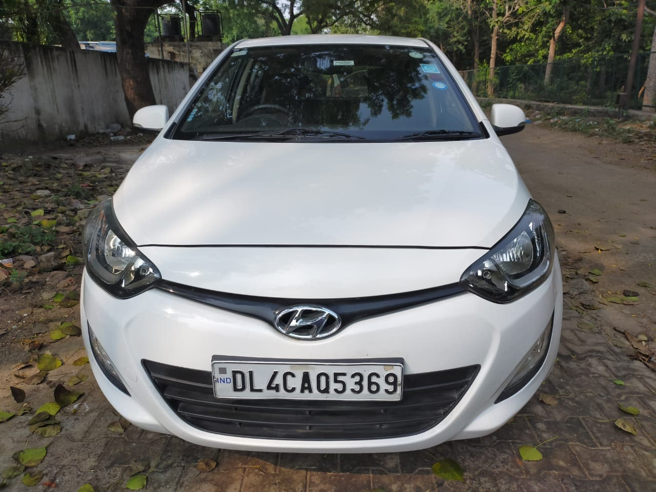 Hyundai i20 2010-2012 1.2 Sportz