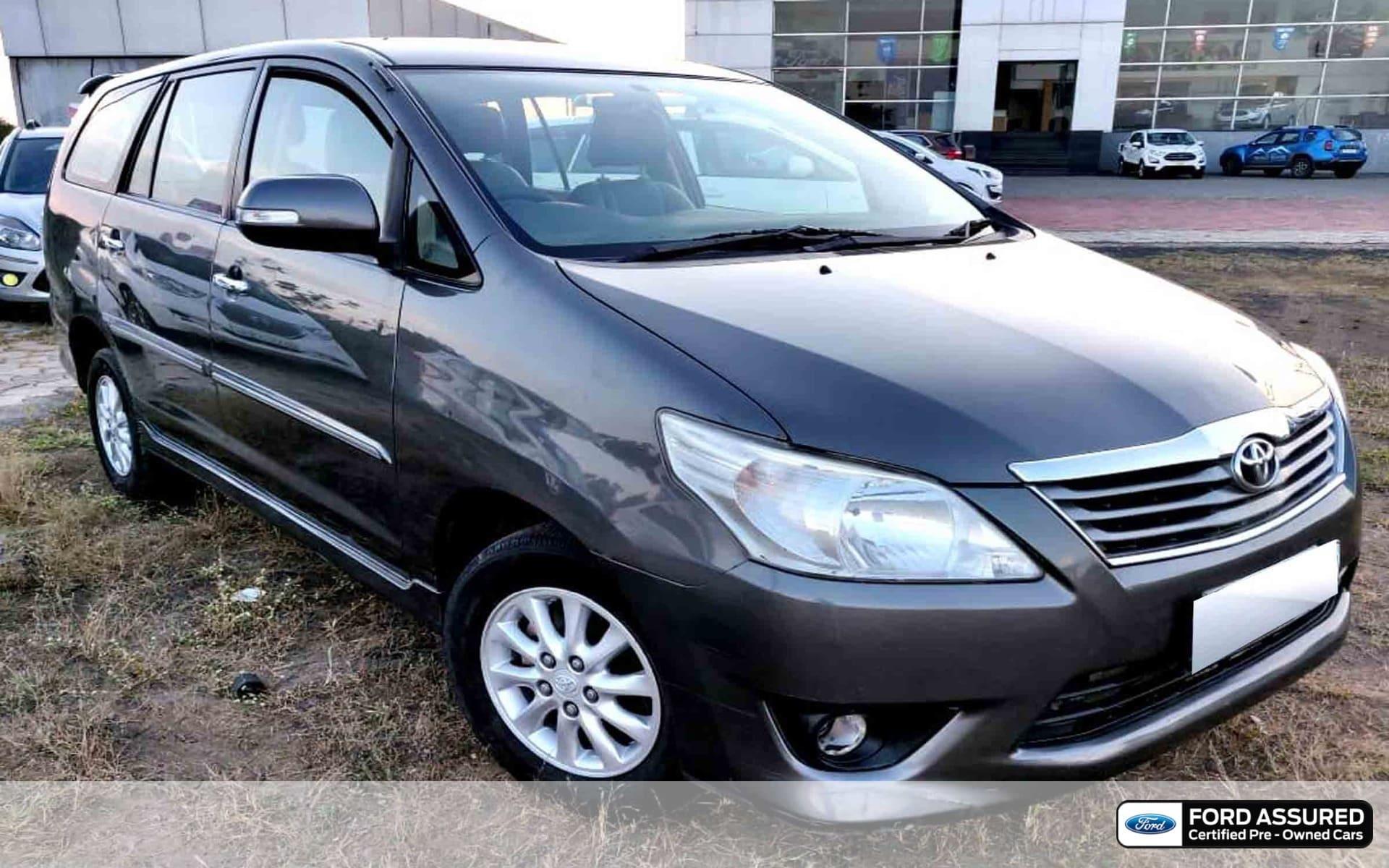 Toyota Innova 2012-2013 2.5 EV (Diesel) MS 7 Seater BS IV