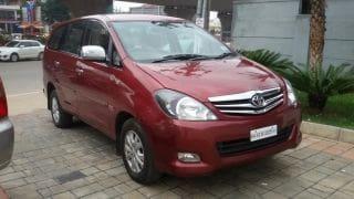 2010 Toyota Innova 2.5 VX 7 STR BSIV