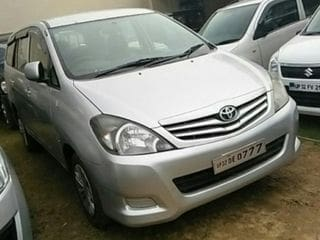 2010 Toyota Innova 2.5 G (Diesel) 8 Seater