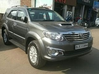 2013 Toyota Fortuner 4x2 Manual